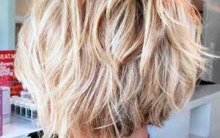Стрижка каре на средние волосы с челкой